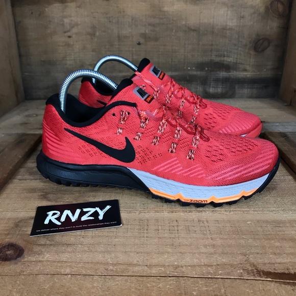 c7c6de50b5b1 NEW Nike Zoom Kiger Three. M 5c61a5056197451f8cdfadee